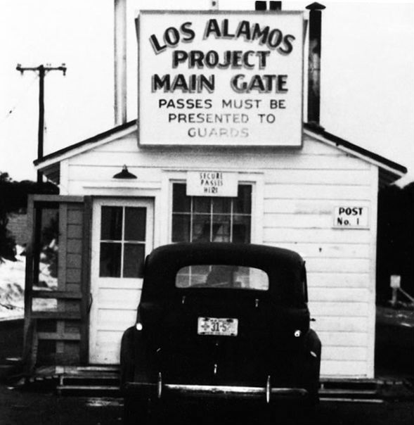 los-alamos-main-gate