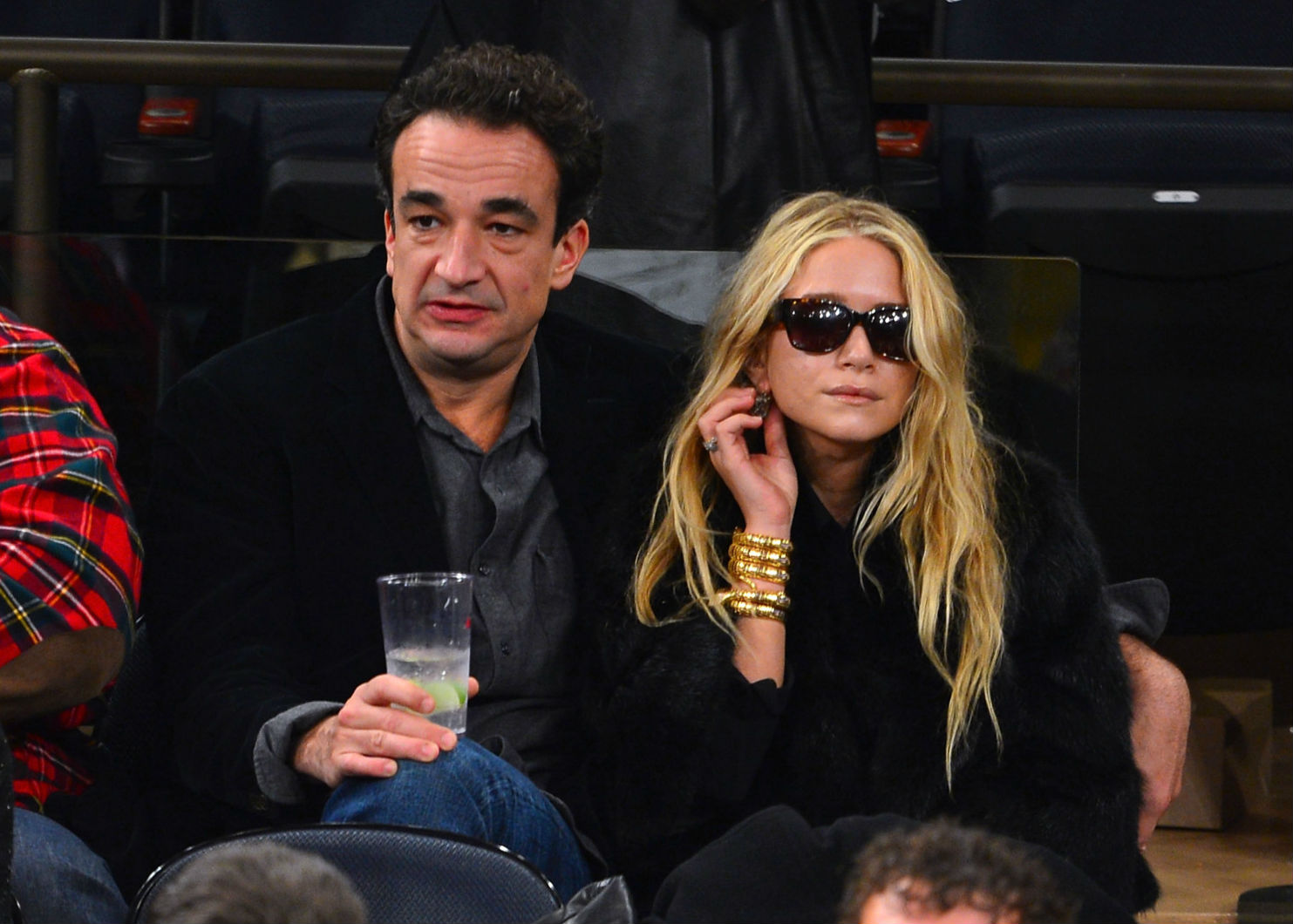 o-mary-kate-olsen-olivier-sarkozy-facebook