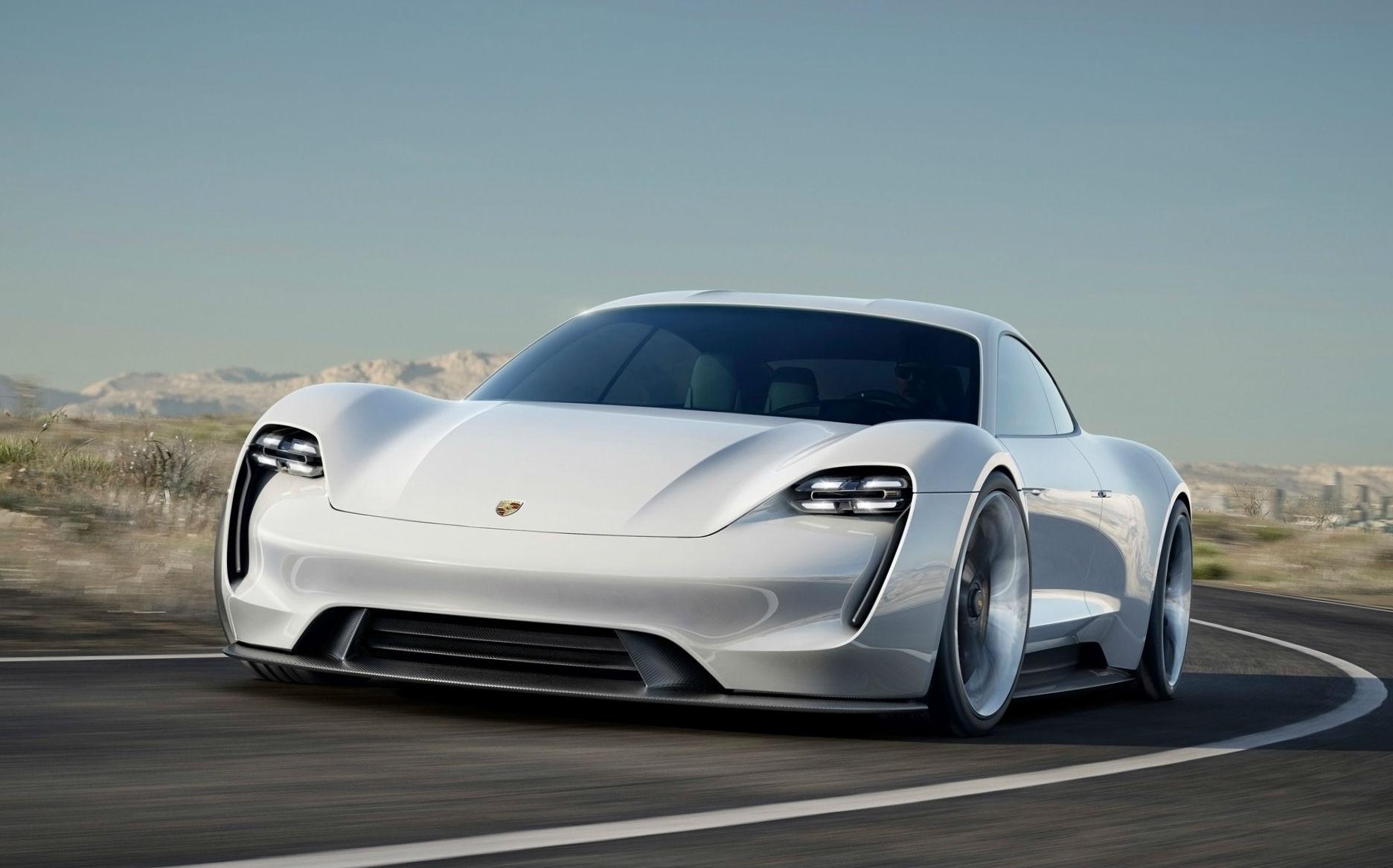 2015-Porsche-Mission-E-Concept-Motion-1-1920x1200